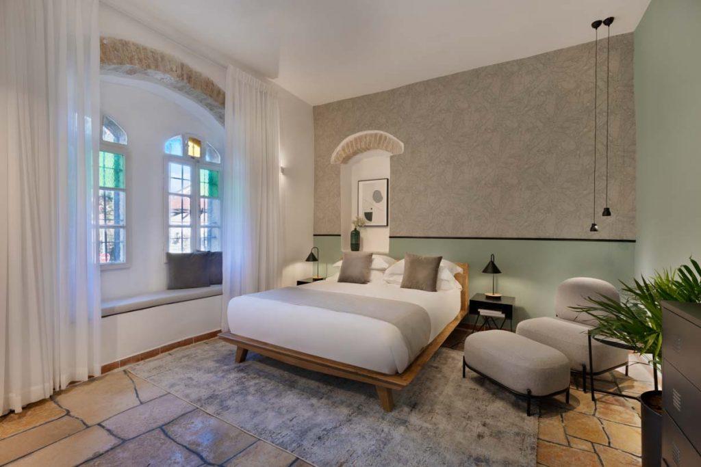 damson-hotel-classic-suite-4