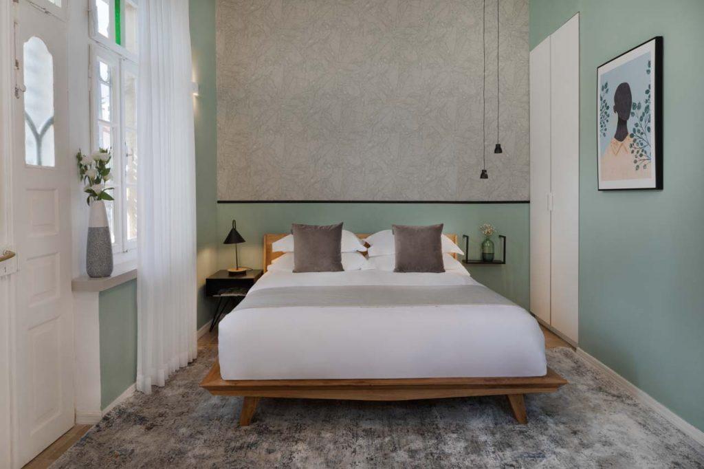 damson-hotel-deluxe-balcony-suite-7