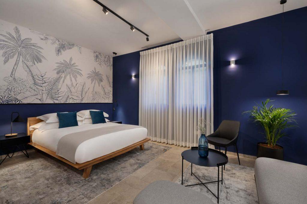 damson-hotel-deluxe-suite-1